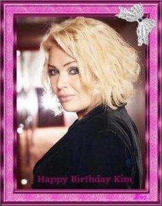 Happy Birthday Kim !!! - 18/11/2011 dans Divers KW51-2-2-236x300